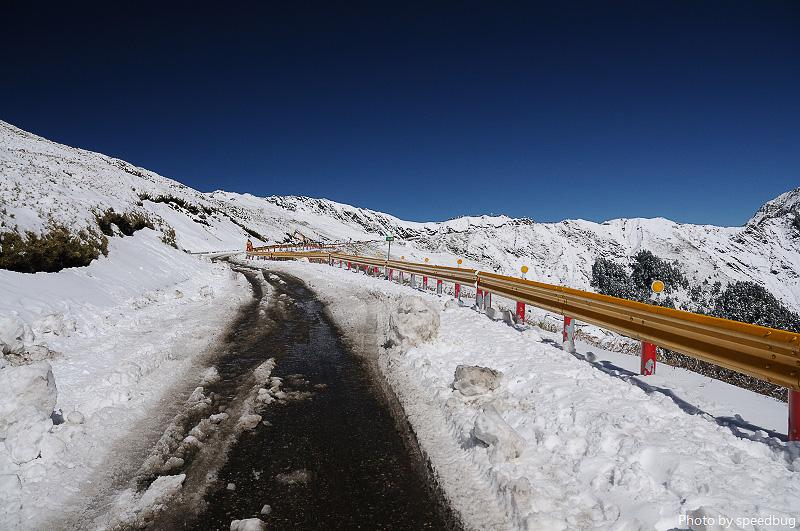 南投|合歡山踏雪登武嶺.被白雪覆蓋的合歡山頭