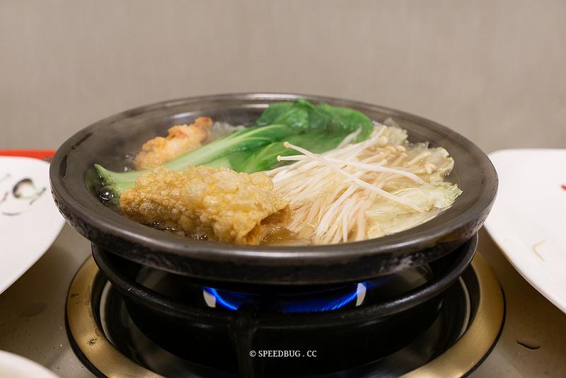 高雄苓雅美食|東東迷你石頭火鍋(青年店).一個人也可以吃鍋.食材新鮮的個人獨享火鍋