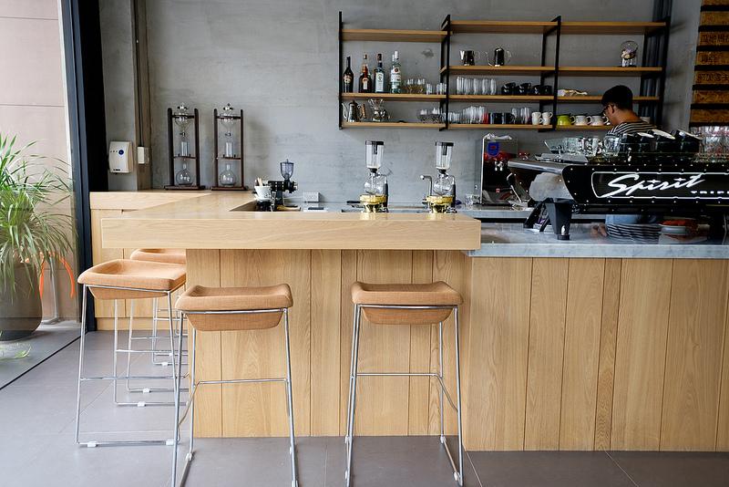 Revel coffee studio,Revel,coffee,高雄咖啡,瑞福咖啡,三多商圈咖啡店