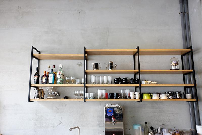 瑞福,瑞福咖啡,Revel coffee studio,Revel,coffee,高雄咖啡,三多商圈咖啡店,肉桂捲,舒芙蕾