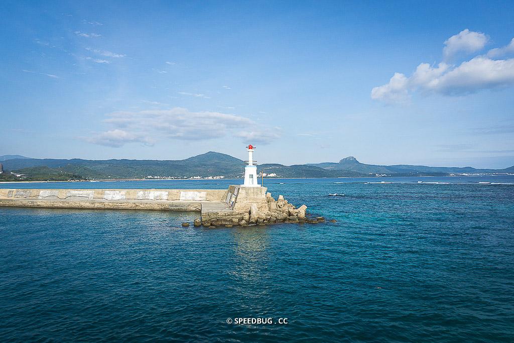 今日熱門文章:屏東恆春墾丁景點|星砂灣.超清澈藍綠色海水與可愛白色小燈塔的秘境沙灘