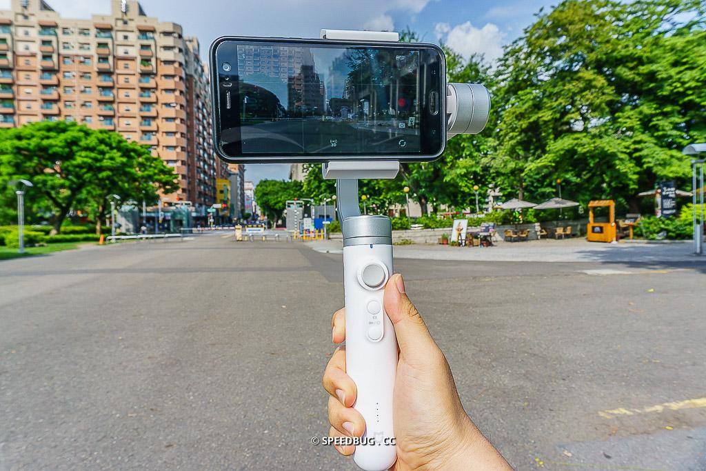 【開箱】米家手持手機雲台.小米平價三軸穩定器手機錄影的好幫手