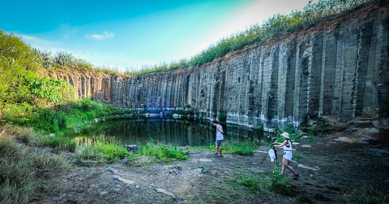 今日熱門文章:澎湖|西嶼三石壁.神秘的壯觀柱狀玄武岩秘境