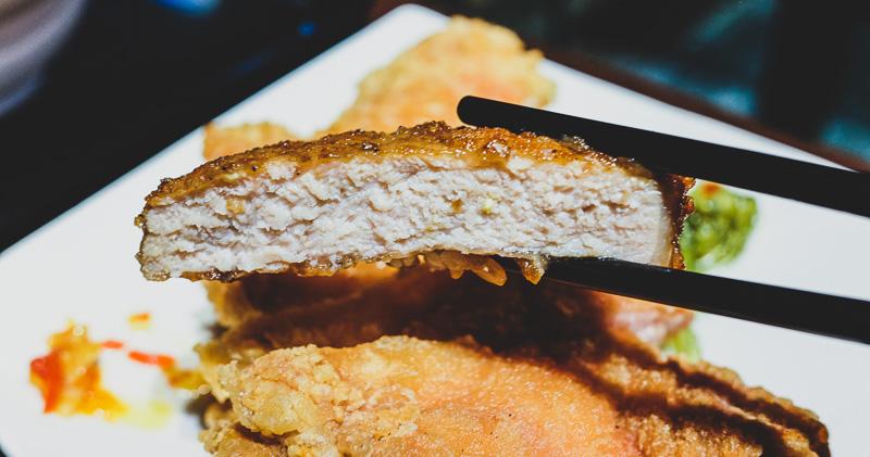 最新推播訊息:鋒勝豚王豬排亭.超厚實又多汁炸豬排
