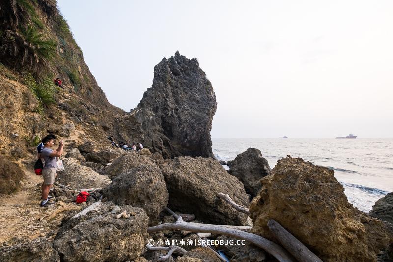 大自然海蝕洞,大自然,柴山大自然,西子灣,西子灣秘境,海蝕洞,中山大學,西子灣秘境沙灘,柴山大自然海蝕洞,鯨魚洞,西子灣鯨魚洞